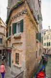Старая архитектура, туристские маршруты Венеции стоковая фотография rf