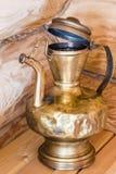 Старая латунная лампа стоковая фотография
