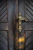 Старая латунная ручка двери Стоковая Фотография RF