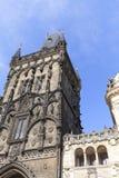 Старая башня городка, башня порошка и часть бывшего королевского дворца Праги, чехии Стоковые Изображения