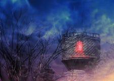 Старая башня и пугающие деревья вечером иллюстрация штока
