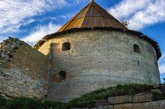 Старая башня крепости Oreshek Shlisselburg Россия стоковое изображение