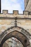 Старая башня моста городка, Карлов мост, Прага, чехия Стоковая Фотография RF