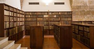 Старая библиотека университета Коимбры стоковое фото rf