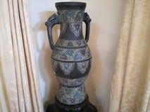 Старая ваза королевства Стоковое фото RF