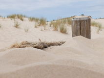 Старая веревочка в песке Стоковые Изображения RF