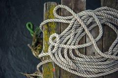 Старая веревочка корабля Стоковые Фотографии RF