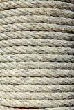 Старая веревочка на поляке Стоковая Фотография RF