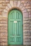 старая двери зеленая Стоковое Изображение