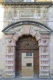 Старая дверь в утесе на Дижоне, бургундском, Франции Стоковые Фото