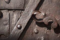 Старая дверь - ковка чугуна Стоковые Изображения RF