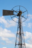 Старая ветротурбина металла Стоковые Изображения RF