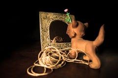 Старая винтажная резиновая игрушка кота Стоковое фото RF