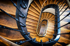 старая винтовая лестница Стоковое Изображение RF