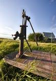 Старая водяная помпа сбора винограда Стоковая Фотография