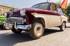 Старая восстановленная модель Moskvitch 407 автомобиля на выставке vintag Стоковые Фотографии RF