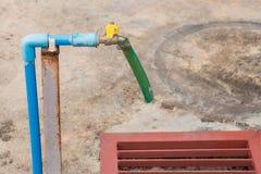 старая вода из крана Стоковая Фотография RF