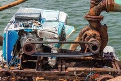 Старая водяная помпа Стоковая Фотография RF