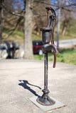 Старая водяная помпа Стоковые Фото