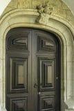 Старая входная дверь деревянных и металла Стоковые Фотографии RF