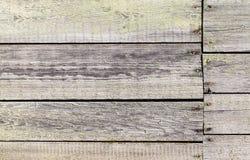 Старая выдержанная деревянная стена с треснутой краской Стоковое фото RF