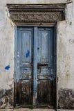 Старая выдержанная высекаенная традиционная zanzibarian дверь Стоковое фото RF