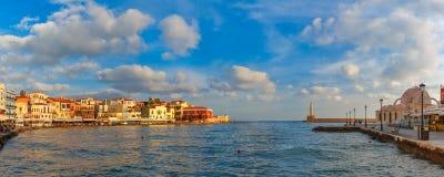 Старая гавань в утре, Chania, Крит, Греция стоковое изображение