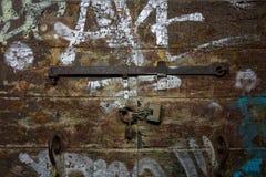 Старая дверь в Венеции Стоковое Изображение