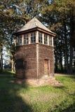 Старая деревянная башня вахты, Освенцим стоковое изображение rf