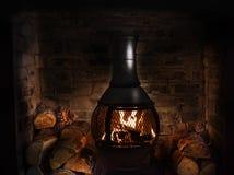 Старая деревянная горелка стоковые изображения rf
