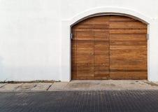 Старая деревянная коричневая планка древесины дверей дома Стоковое Изображение