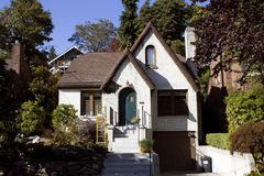 Старая дом кирпича Стоковые Изображения