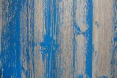 Старая деревянная затрапезная шикарная предпосылка с, который слезли или шелушить цветом внутри стоковые изображения rf