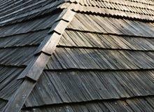Старая деревянная крыша гонта Стоковое Изображение RF