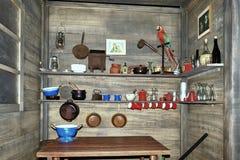 Старая деревянная кладовка корабля стоковое изображение