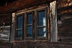 Старая деревянная оконная рама Стоковое Изображение