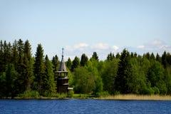 Старая деревянная православная церков церковь, остров Kizhi, Karelia, Россия Стоковые Фото