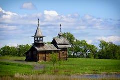 Старая деревянная православная церков церковь, остров Kizhi, Karelia, Россия Стоковые Изображения