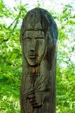 Старая деревянная статуя Стоковые Изображения RF