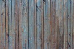 Старая деревянная текстура загородки с некоторой пакостной голубой краской Стоковые Фото