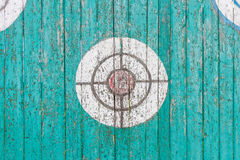 Старая деревянная цель на загородке Стоковое Изображение RF