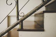 Старая лестница архитектуры Стоковые Изображения