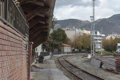 Старая железная дорога от маленькой деревни Стоковые Изображения RF