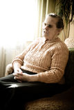 старая женщина окна Стоковое Фото