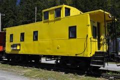 Старая желтая фура, США стоковое изображение