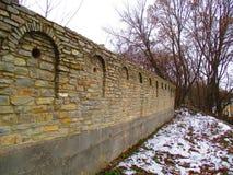 Старая загородка с лазейками, Kamenets Podolskiy, Украина Стоковые Фото