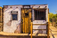 Старая западная тюрьма в пустыне Аризоны Стоковое фото RF