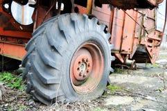 Старая зернокомбайн-жатка Стоковое Изображение