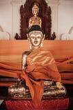 Старая золотая скульптура Будды на Wat Phra Mahathat Nakhon Si Thamm Стоковое фото RF