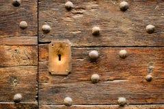 Старая итальянская дверь в Тоскане Стоковое Фото